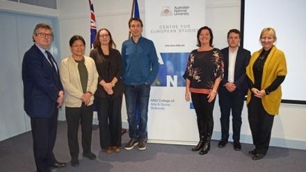 Five universities launch migration research network